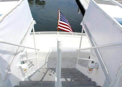 Yacht has both upper and lower decks, so you can get a great view.